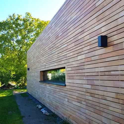 robinienholz-fassade-kaufen-09-Kopie2.jpg